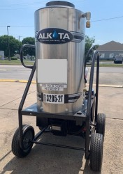 Alkota 3205-2T 3GPM@2000PSI Hot Pressure Washer Used, Tested Good