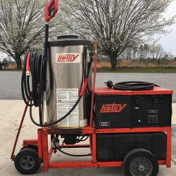 Hotsy 1410SS 1PH 4GPM@3000PSI Hot Pressure Washer & Reel Used, Tested Good