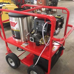 Hotsy 965SS 3GPM@3000PSI Hot Pressure Washer Used, Tested Good