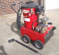 Hotsy 600 3GPM @ 1500PSI Hot Pressure Washer Used, Tested Good