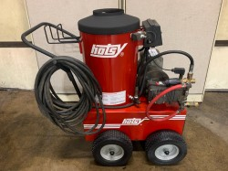 Hotsy 870 4GPM @ 2000PSI Hot Water Pressure Washer Used, Tested Good