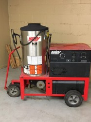 Hotsy 990SS 3PH 4GPM@2000PSI Hot Pressure Washer Used, Tested Good