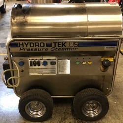 HydroTek HP30004E2  3000 PSI Hot Pressure Washer Used, Tested Good