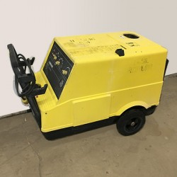 Karcher HDS 580 1000PSI Hot Pressure Washer Used, Tested Good