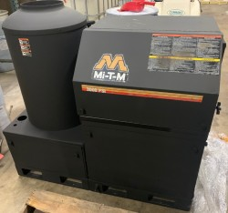 Mi-T-M HEG-3005 GPM @ 3000PSI Hot Pressure Washer Used, Tested Good