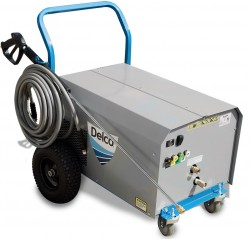 NEW Delco CWE 4.8GPM @ 3000PSI Cold Water Pressure Washer Used, Tested Good
