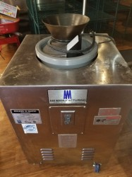 Round O Matic R900RT Automatic Dough Rounder Used, Tested Good